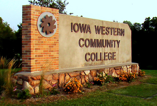 an introduction to the midwest community college